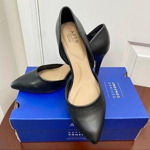 NEW! NIB Kohl's Apt. 9 Caspian High Heels